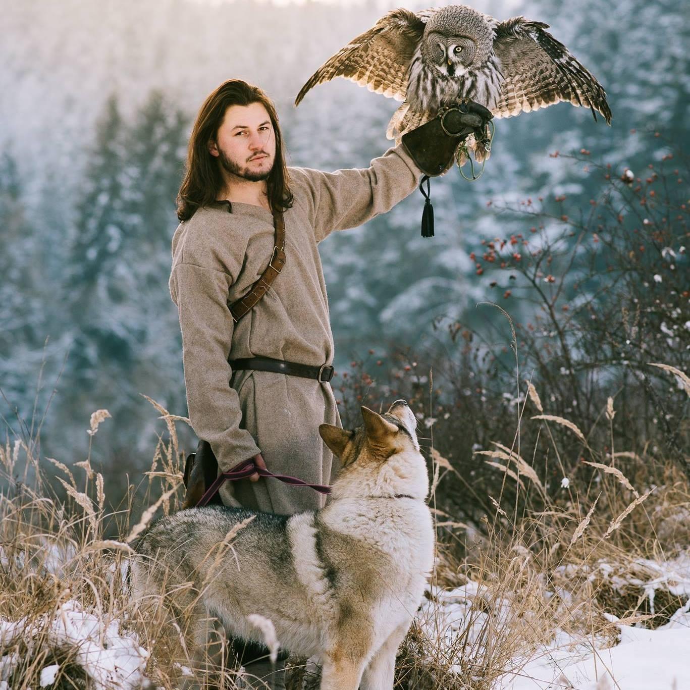 sokoliar so psom a sokolom