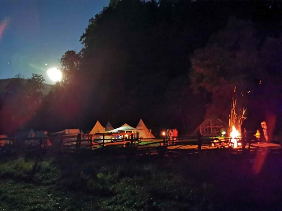 noc v stredovekej dedine